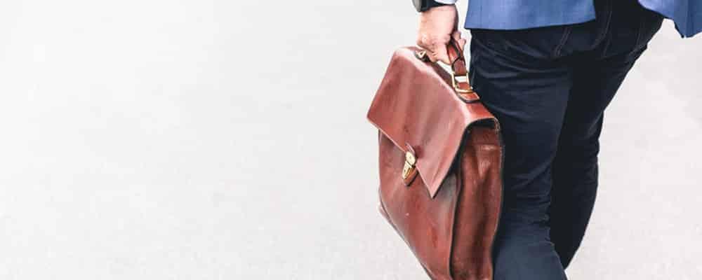 Correspondentes Jurídicos: Dificuldades Encontradas em sua Contratação Advogado Correspondente Jurídico DOC9